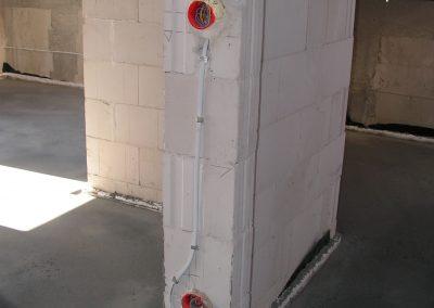 Instalacja elektryczna pod lampę z czujnikiem ruchu oraz wyłącznik schodowy